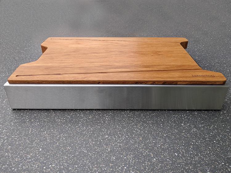 Praktisch, 4 Schubladen verstaut unter dem Brett